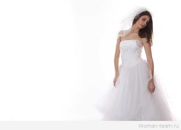 Модные свадебные прически 2015
